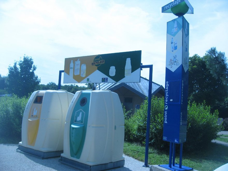 Swiss recycling point